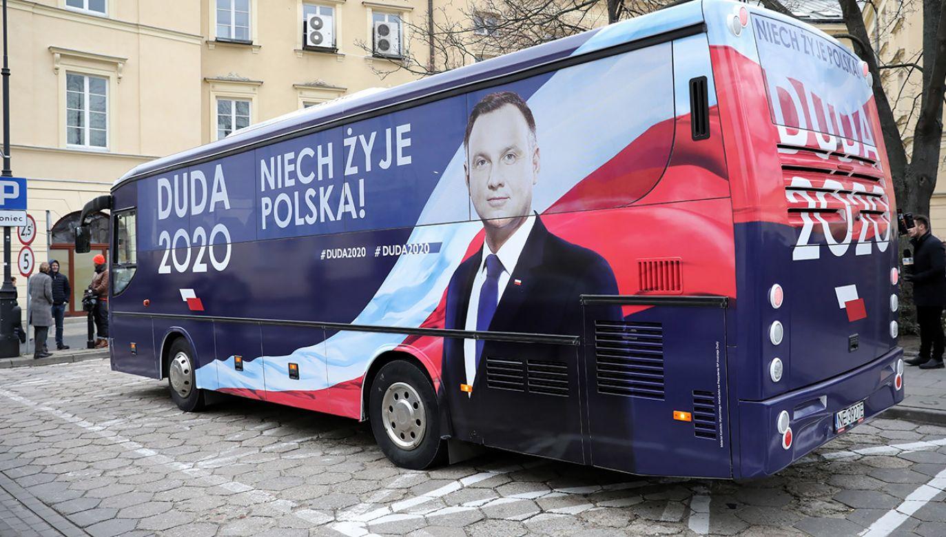 Pierwsze przystanki – Łowicz oraz Turek (fot.  PAP/Leszek Szymański)