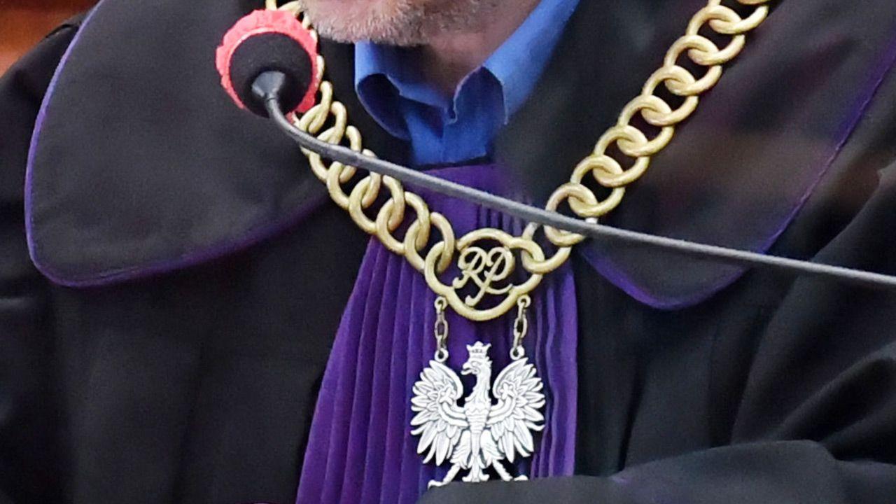 Sprawy trafią do sądów (fot. PAP/Marcin Bielecki )