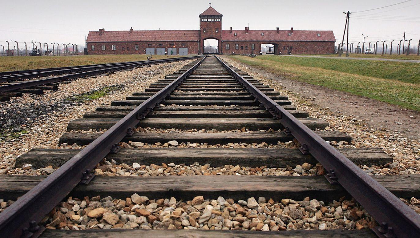 Muzeum Auschwitz wyjaśnia, że nie zakazało nikomu odwiedzin, zaapelowało jedynie do organizatorów wyjazdów  (fot. Scott Barbour/Getty Images)