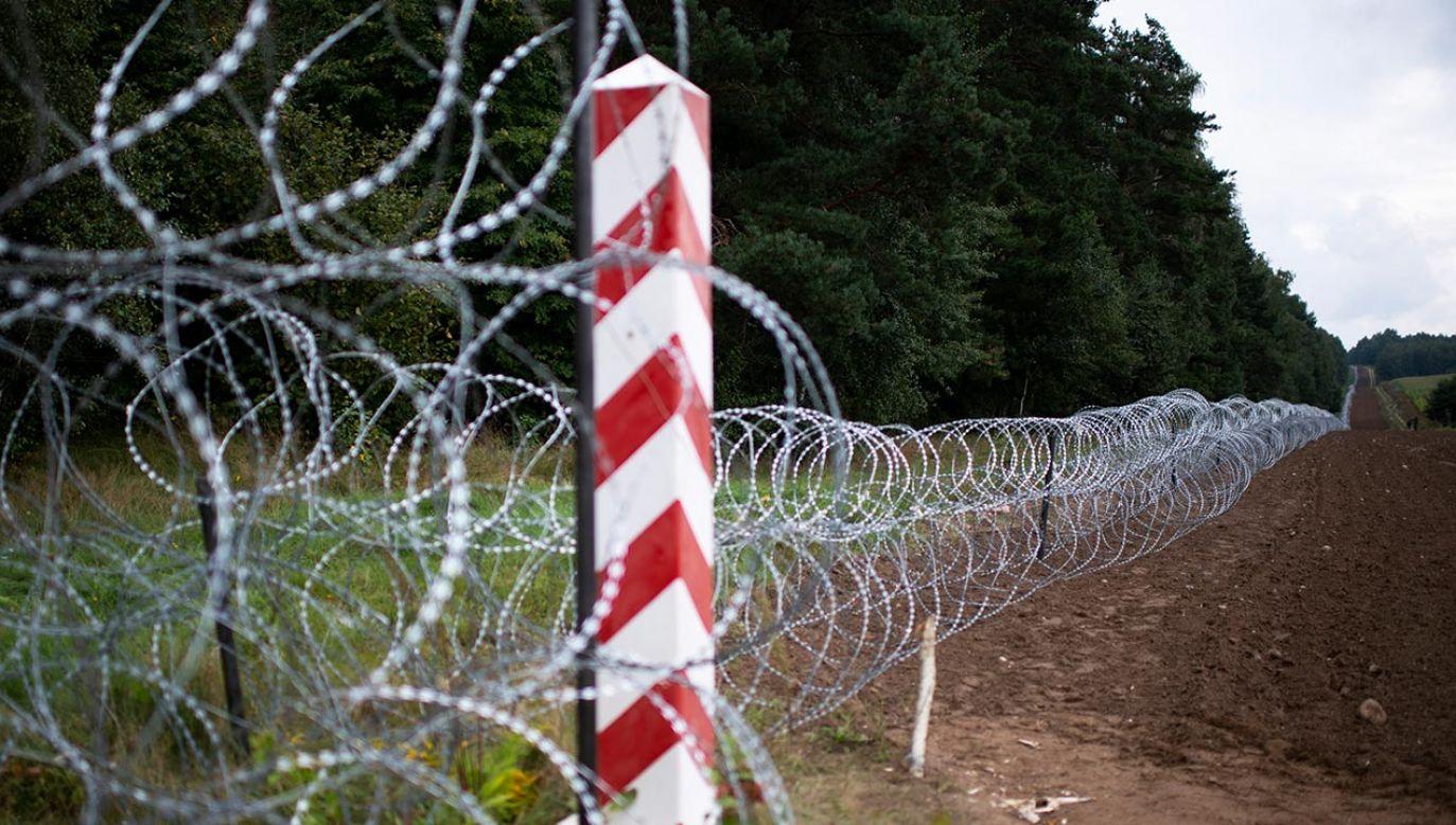 Na polsko-białoruskiej granicy ma powstać nowy płot (fot. Forum/Michal Kosc)