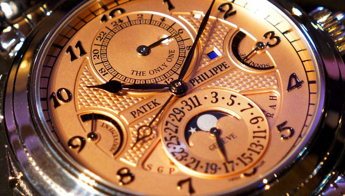 Wyrób Patek Philippe ma dwie tarcze – jedną z różowego złota, a drugą z hebanu (fot. Patek Philippe)
