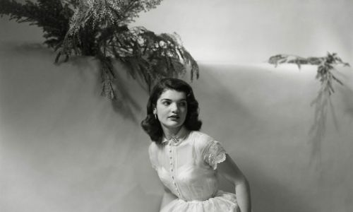Jacqueline Lee Bouvier w wieku 18 lat. Fot. Frances McLaughlin-Gill / Condé Nast via Getty Images