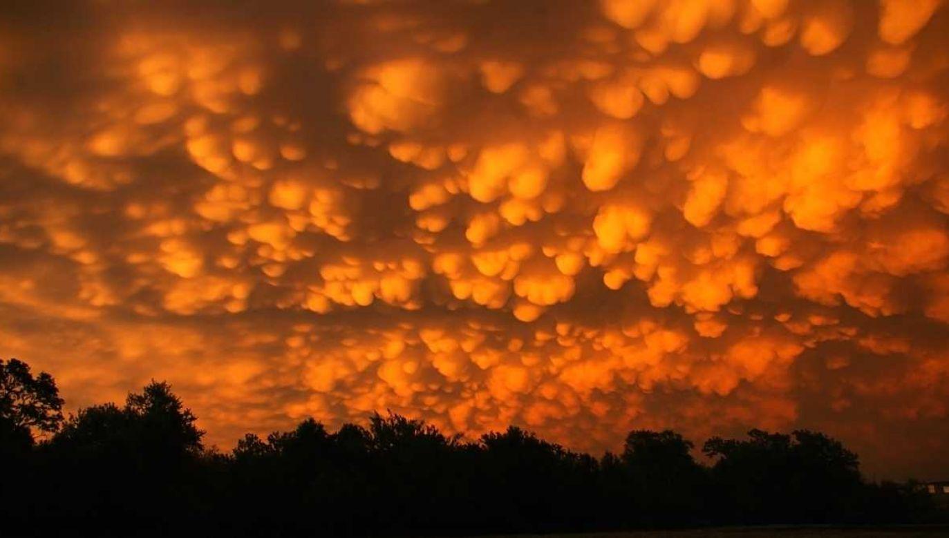 Niebo nad Tulsą wyglądało niezwykle okazale (fot. TT/SheStillResists)