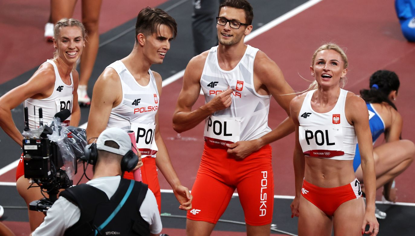 Polska sztafeta mieszana 4x400 metrów powalczy o medal. (fot. PAP/EPA/FAZRY ISMAIL)