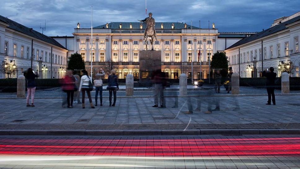 Pałac (fot. Shutterstock/Artur Bogacki)