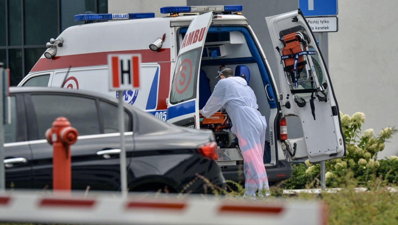 W samej Warszawie jest już blisko 5 tys. przypadków Covid-19 (fot.  Artur Widak/NurPhoto via Getty Images, zdjęcie ilustracyjne)
