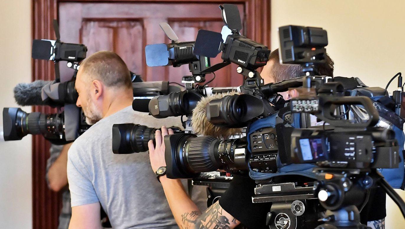 """O widzach telewizji publicznej mówiła, że nie czytają gazet, ale """"nie jest tak, że ci ludzie nie myślą"""" (fot. arch. PAP/Maciej Kulczyński)"""