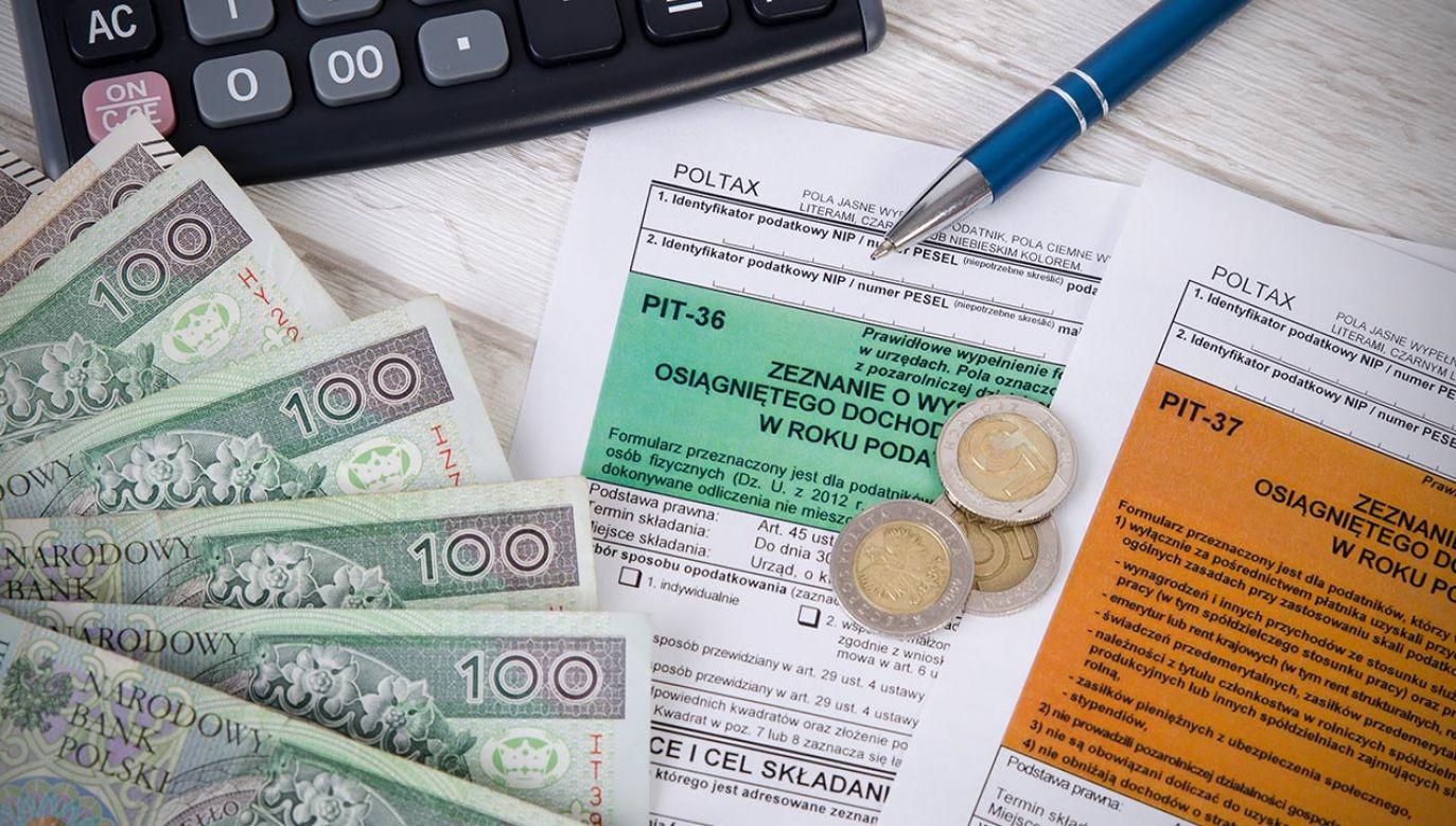 Wcześniej rząd wprowadził zerowy PIT od umów o pracę dla osób poniżej 26. roku życia (fot. Shutterstock/Proxima Studio)