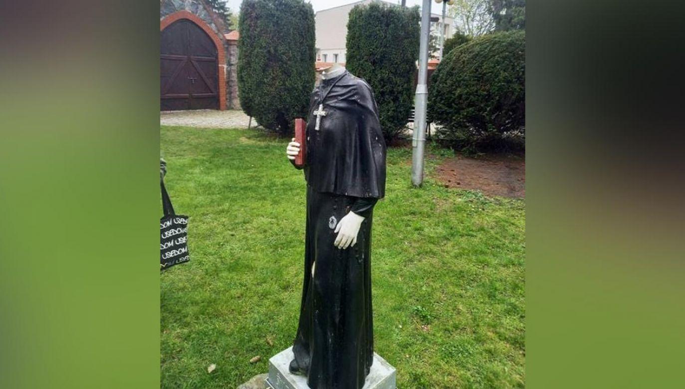Figury św. Faustyny i Chrystusa zostały uszkodzone w nocy z 6 na 7 maja (fot. Facebook/Nad Myślą)