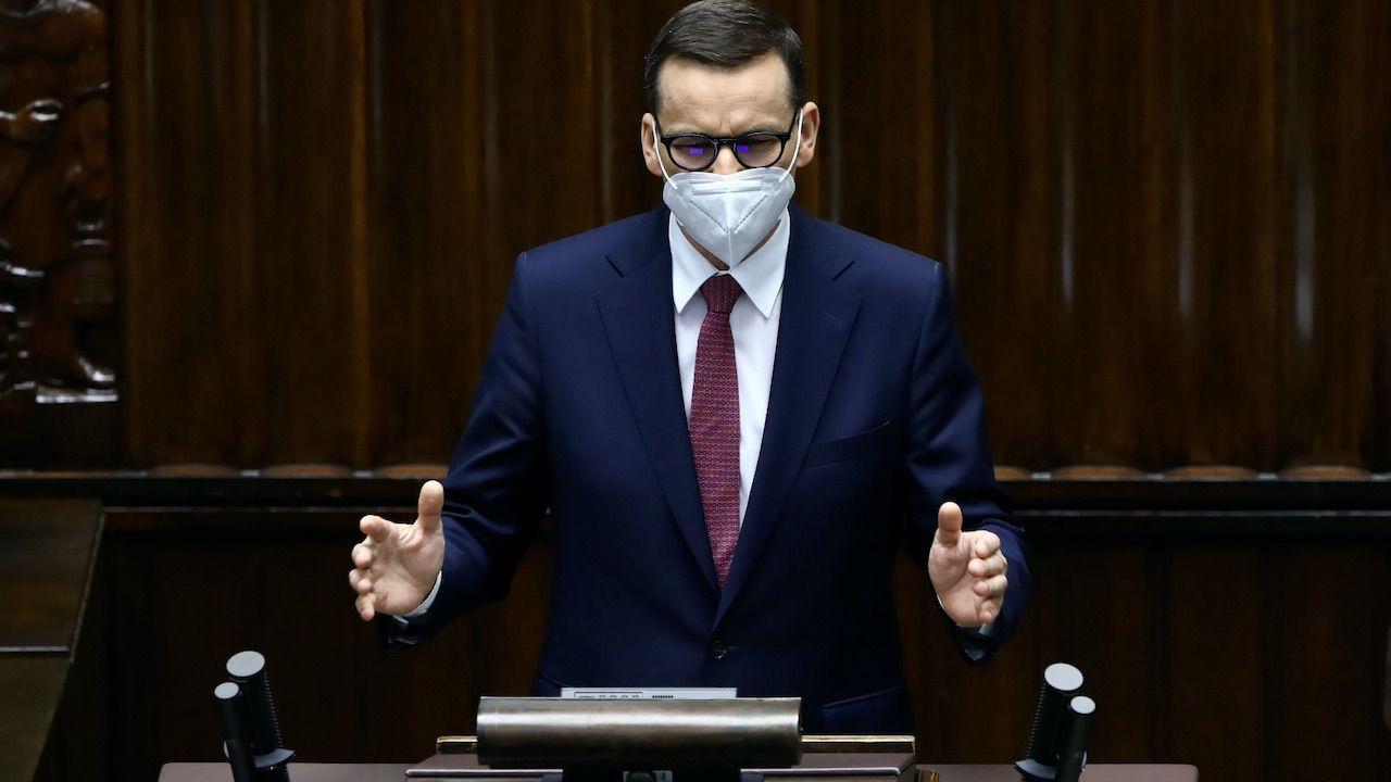 Mateusz Morawiecki namawiał posłów opozycji do poparcia Krajowego Planu Odbudowy (fot. PAP/Rafał Guz)