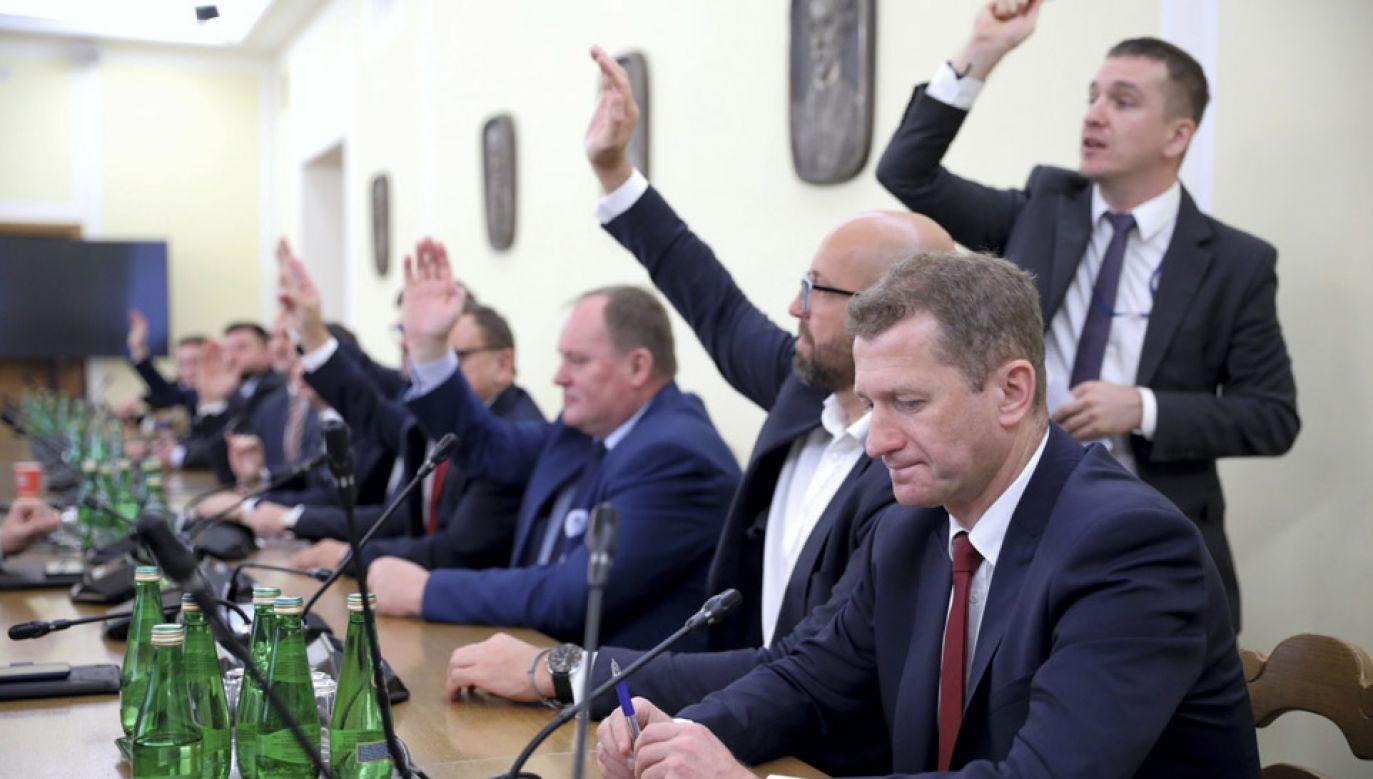 Sejmowe komisje wybrały przewodniczących i wiceprzewodniczących (fot. PAP/Leszek Szymański)