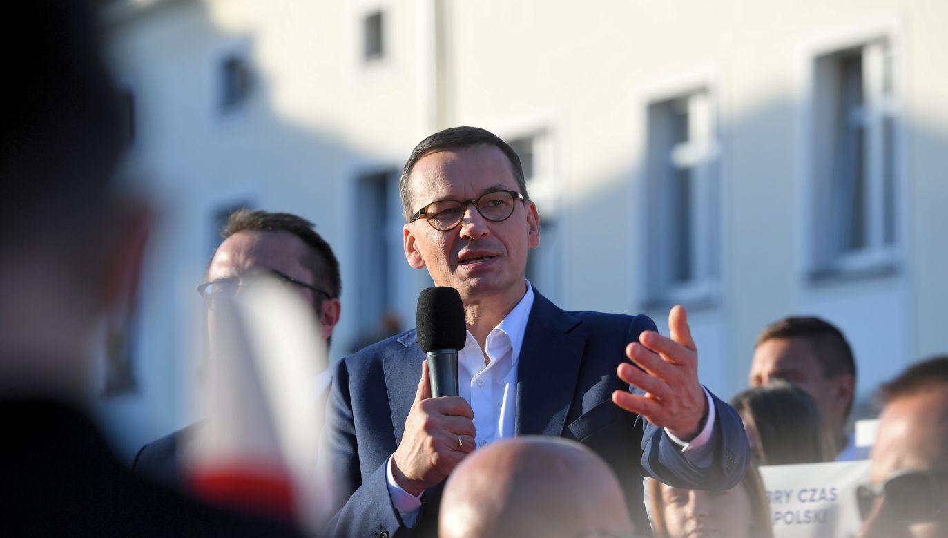 Premier Mateusz Morawiecki podczas spotkania z mieszkańcami Mysłowic, 21 września (fot. PAP/Piotr Nowak)