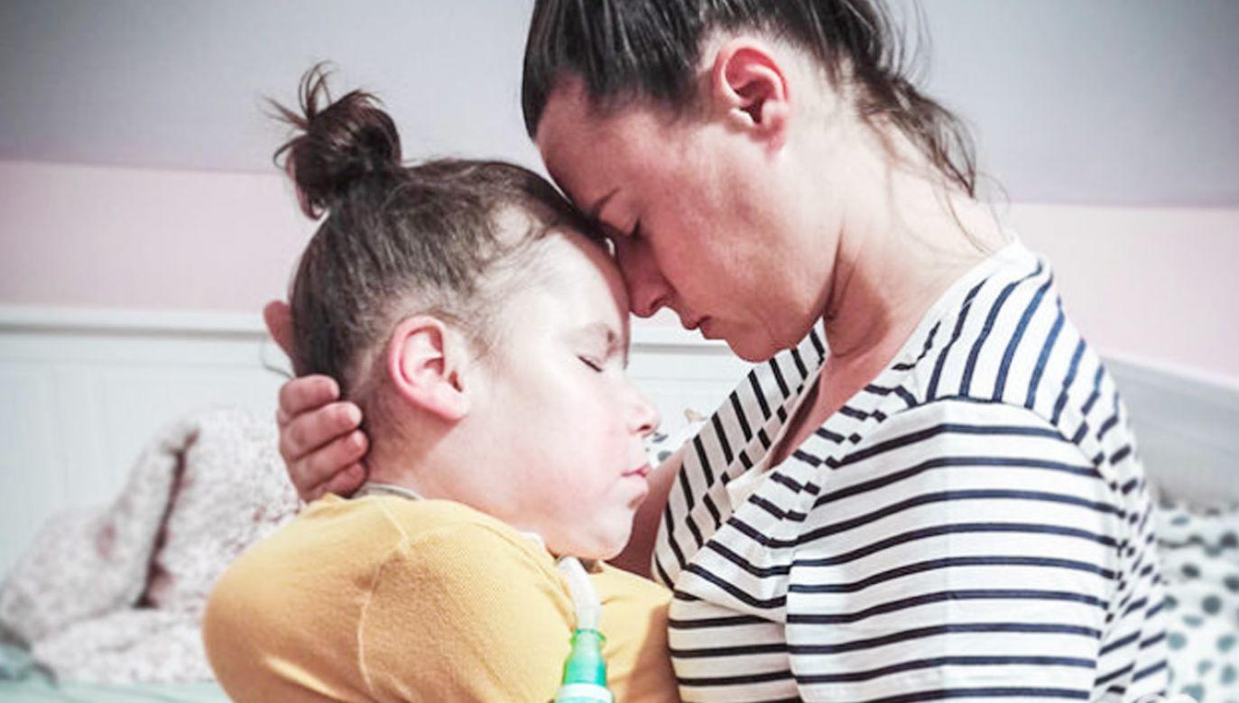 Dziewczynka choruje na miopatię  (fot. www.siepomaga.pl)