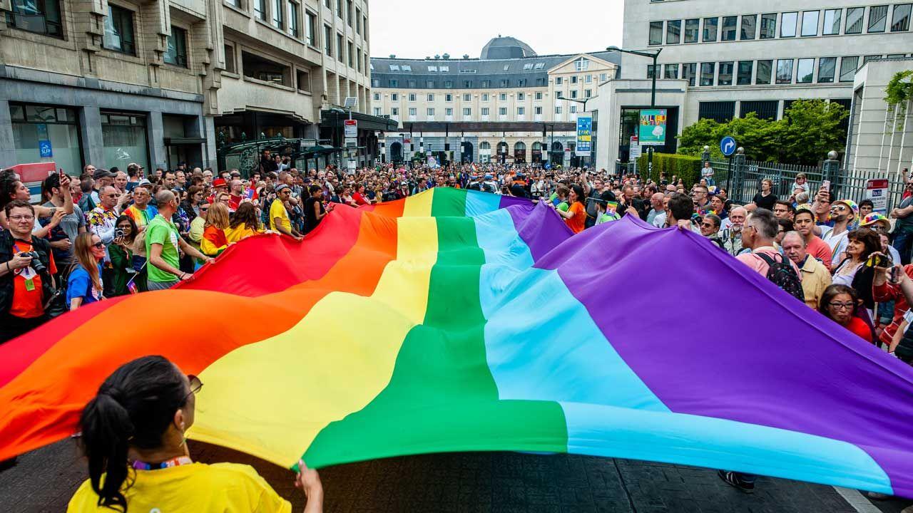 Parada LGBT w Brukseli (fot. Ana Fernandez/SOPA Images/LightRocket via Getty Images)