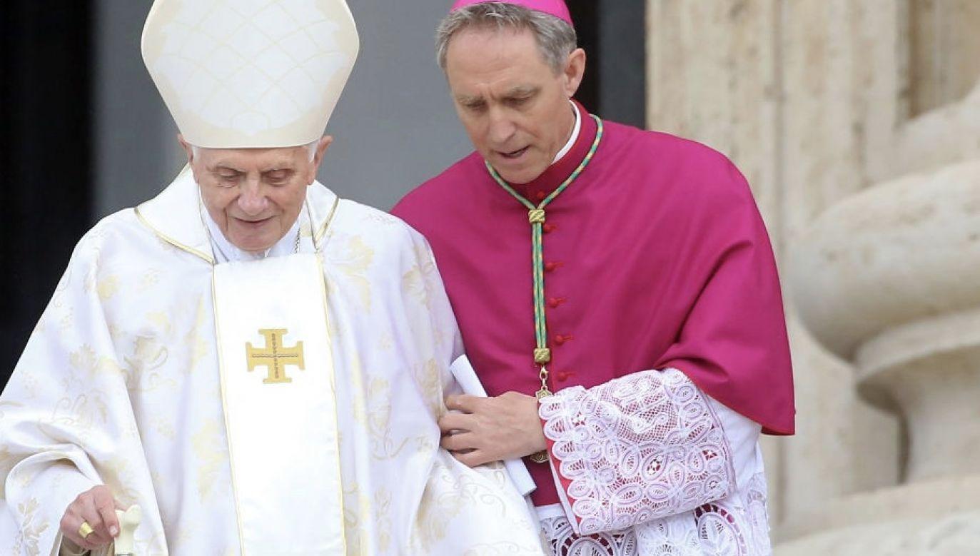 Od swego ustąpienia w 2013 roku Benedykt XVI mieszka w rezydencji w Ogrodach Watykańskich (fot. Franco Origlia/Getty Images)