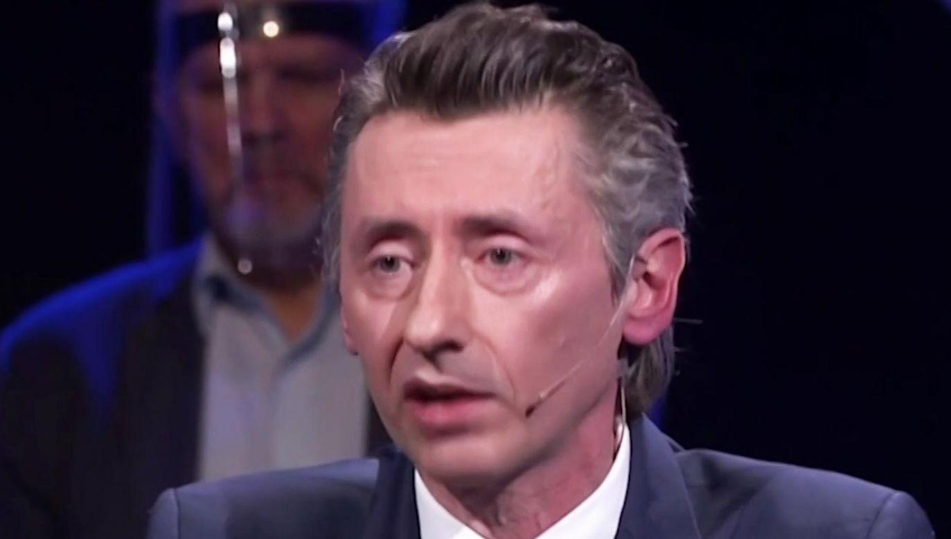 """Poseł Lewicy Maciej Gdula w programie """"Strefa Starcia"""" (fot. TVP Info)"""