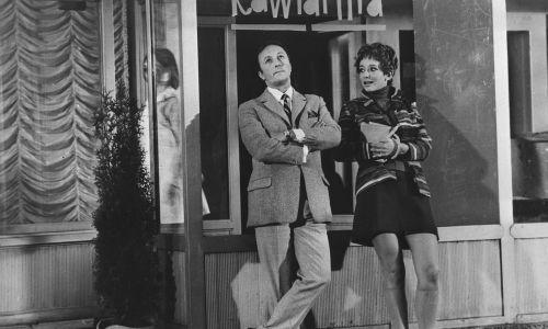 """Jako Tomasz Piechocki w """"Człowieku z M-3"""" (1968 r.) Leona Jeannota. Na zdjęciu z Ewą Szykulską. Fot. PAP"""