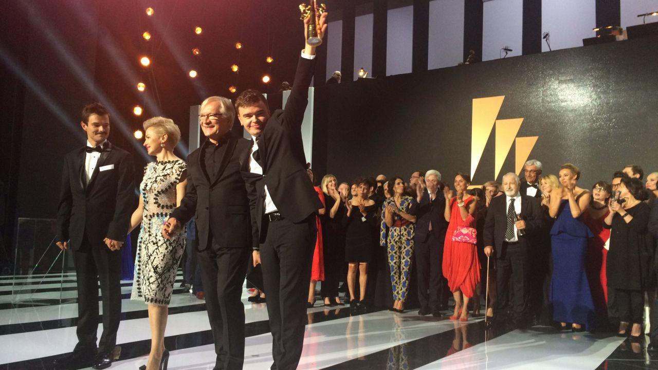 """Twórcy filmu """"Ostatnia rodzina"""", triumfatorzy Festiwalu Filmowego w Gdyni (fot. twitter.com/ffgdynia)"""