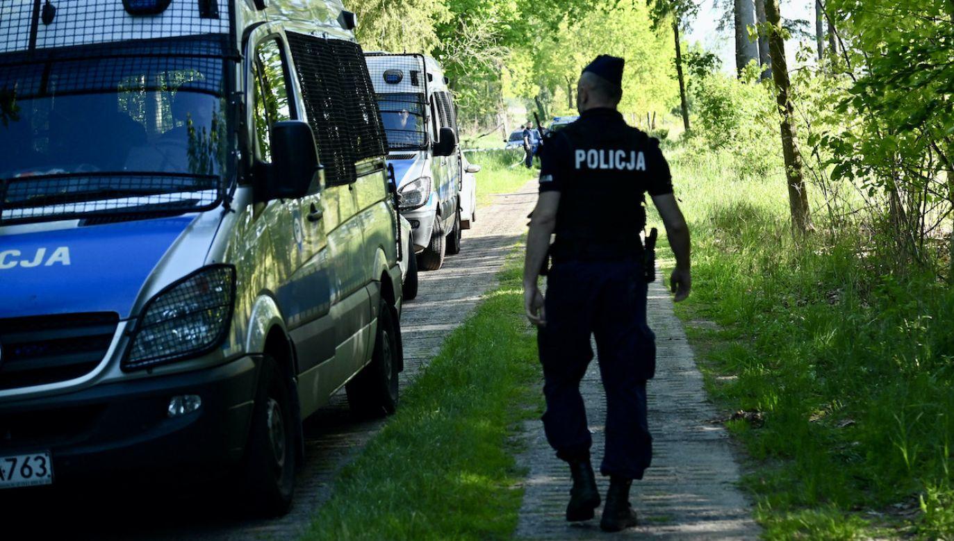 Na miejscu pracowała policja (fot. arch.PAP/Marcin Bielecki, zdjęcie ilustracyjne)