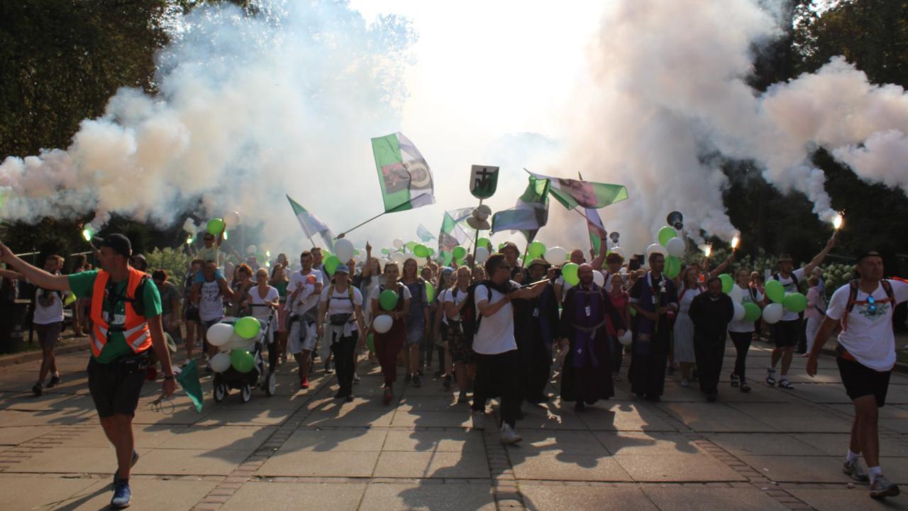 WAPM – Warszawska Akademicka Pielgrzymka Metropolitalna (fot. WAPM/Bialo-zielona/PiotrKisiel)