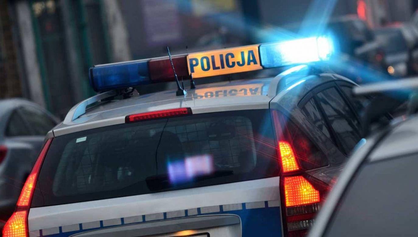 Dwojgu policjantów postawiono zarzuty związane ze śmiercią 30-letniego mieszkańca Piątku (fot. PAP/Tomasz Warszewski)
