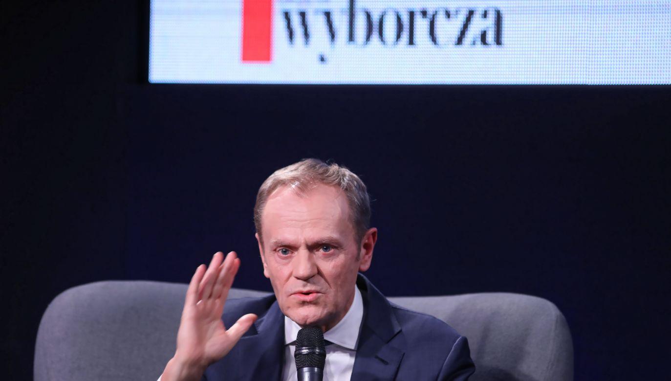 Polityk udzielił wywiadów kilku stacjom. Media oceniają, że powraca (PAP/Leszek Szymański)