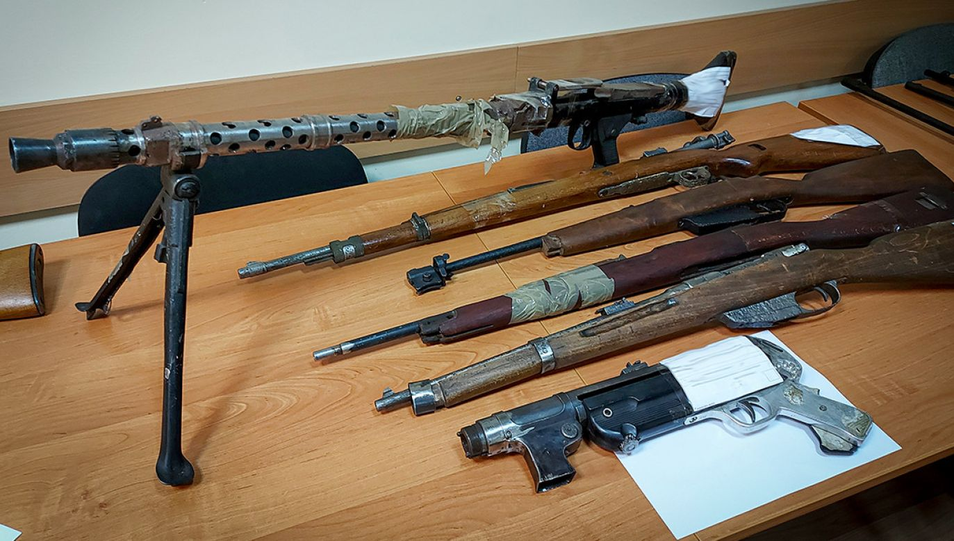 Jeden z kolekcjonerów miał nawet sprawny karabin maszynowy z II Wojny Światowej, broń zbyt ostrą nawet dla gang (fot. CBŚP)