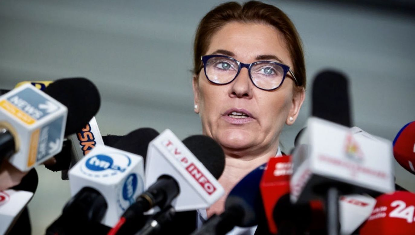 Europosłanka PiS Beata Mazurek o zbieraniu podpisów dla Rafała Trzaskowskiego (fot. Mateusz Wlodarczyk/NurPhoto via Getty Images)
