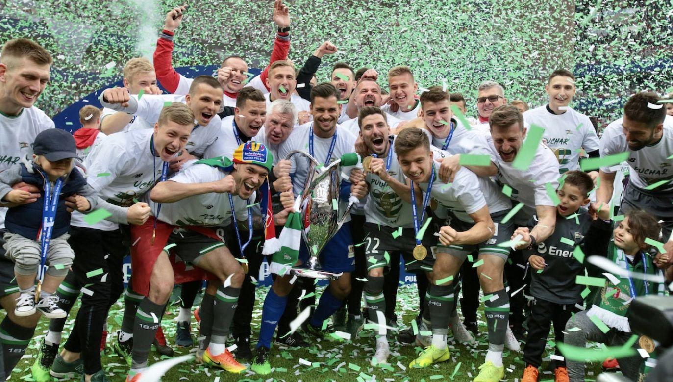 W ubiegłym roku ze zdobycia pucharu cieszyli się piłkarze Lechii Gdańsk (fot. arch.PAP/Leszek Szymański)