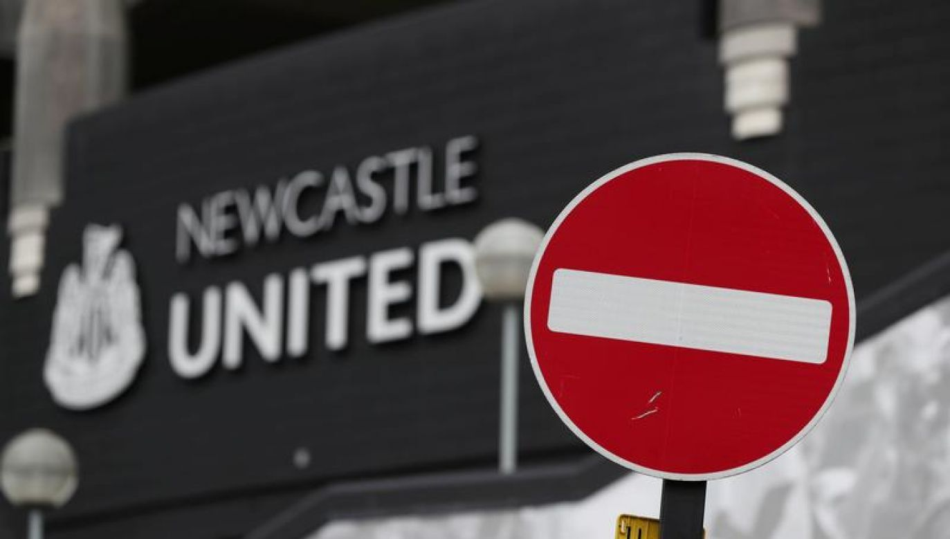 Rozgrywki ligowe w Anglii są zawieszone od 13 marca (fot. Reuters/Lee Smith)