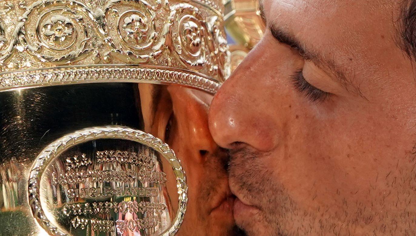 Serb Novak Djoković pokonał Szwajcara Rogera Federera (fot. PAP/EPA/NIC BOTHMA)