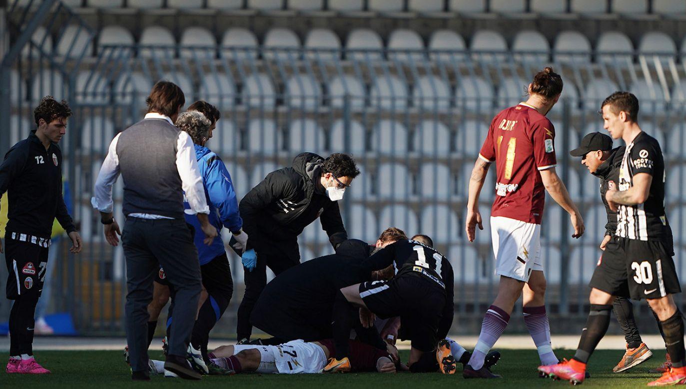 Patrykowi Dziczkowi natychmiast została udzielona pomoc  (fot. Danilo Di Giovanni/Getty Images)
