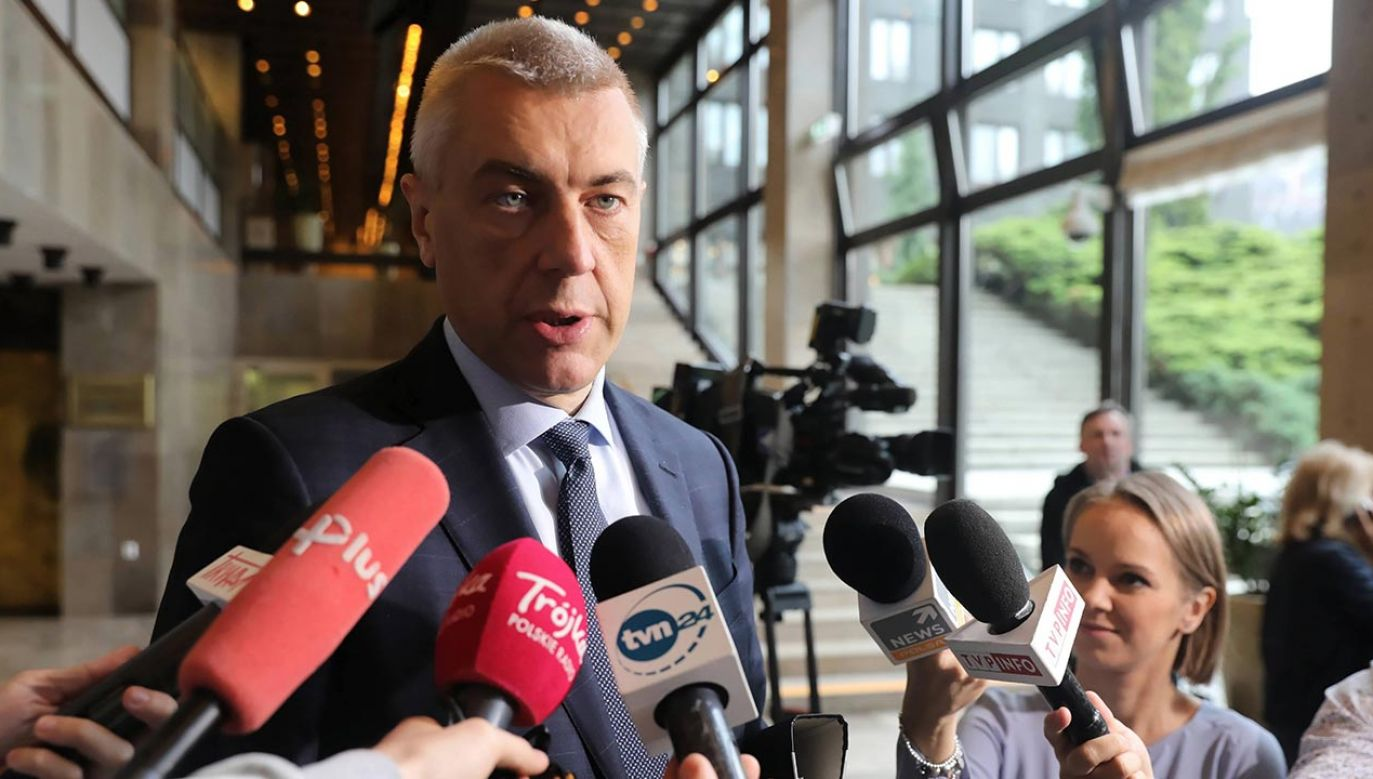 Według gazety Giertych ma zamiar wyprowadzić się z kraju  (fot. PAP/Tomasz Gzell)