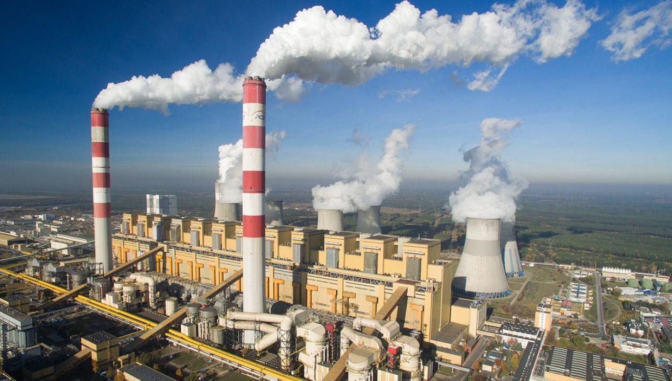 Elektrownia Bełchatów jest największym dostawcą energii elektrycznej w Polsce (fot. PAP/Leszek Wdowiński, zdjęcie ilustracyjne)
