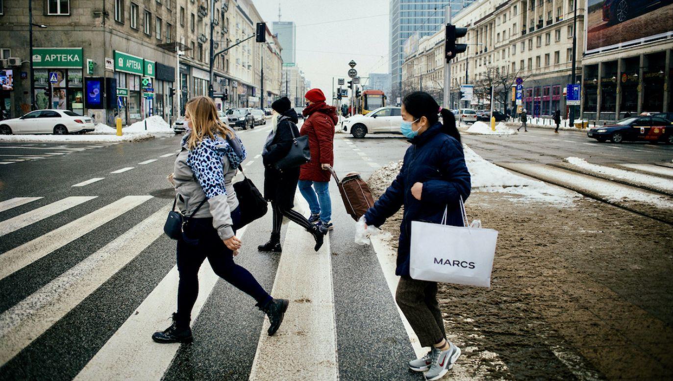 Zmiany mają zwiększyć bezpieczeństwo na drogach (fot. arch.PAP/Albert Zawada)