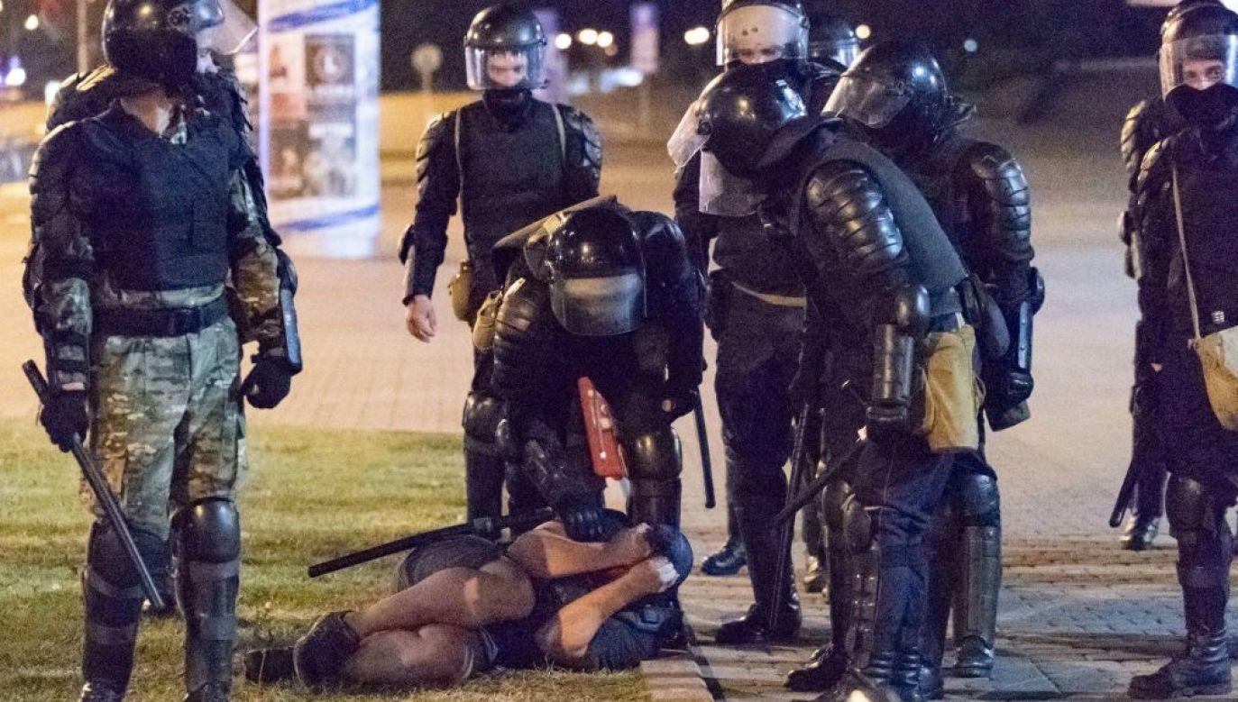 Szef Rady Europejskiej zareagował na starcia demonstrantów z siłami bezpieczeństwa  (fot. Celestino Arce/NurPhoto via Getty Images)