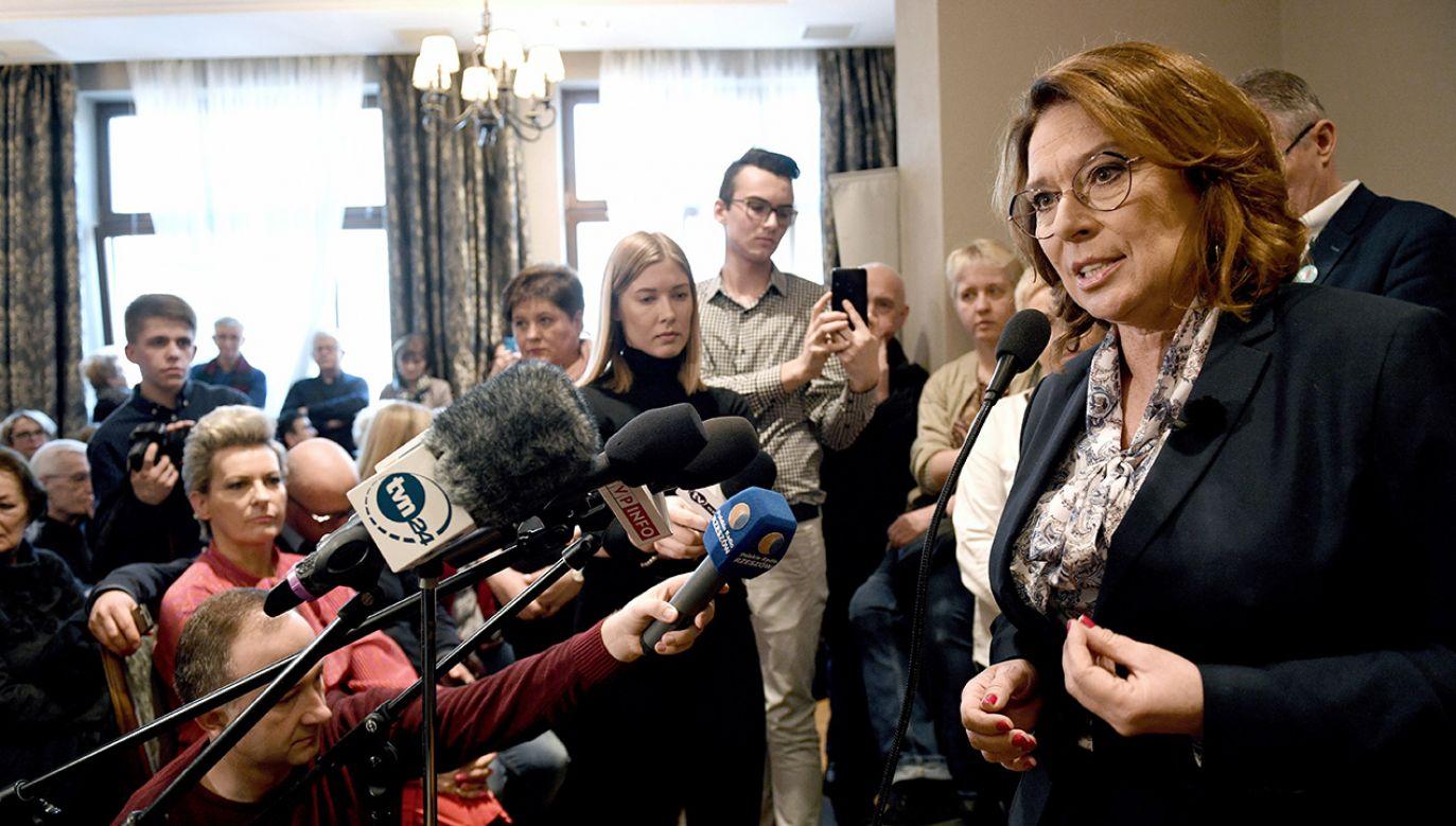 """Kandydatka PO """"mówi w pewnym momencie szczerze, że jest przeciwko 500plus"""" (fot. PAP/Darek Delmanowicz)"""