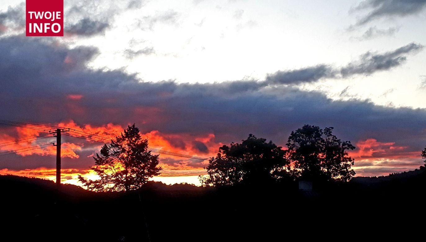 Wschód słońca w miejscowości Sidzina (fot. Twoje Info)