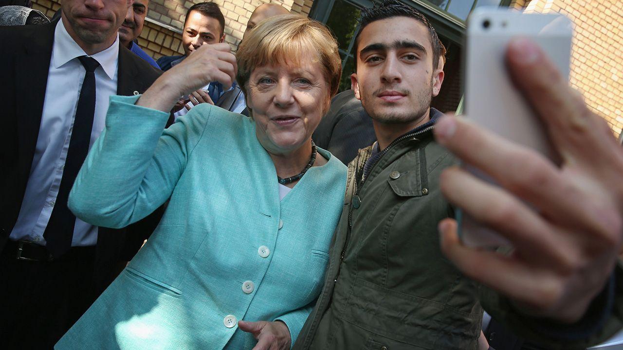 Tarczyński: Angela Merkel chciała mieć z imigrantów tanią siłę roboczą, za którą inni mieli zapłacić (fot. Sean Gallup/Getty Images)