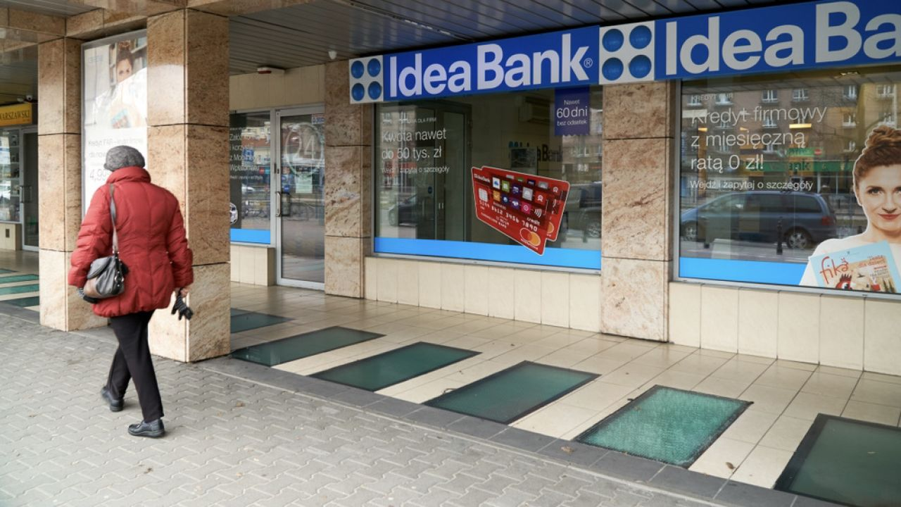 Idea Bank sam wskazywał w swoich sprawozdaniach finansowych, że jest zagrożony upadłością (fot. Shutterstock/: kolbet)