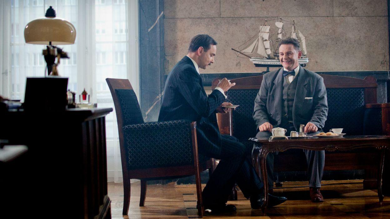 Wojciech Tomczyk poprzez rozmowę Eugeniusza Kwiatkowskiego z Melchiorem Wańkowiczem postanowił pokazać fragment historii II Reczpospolitej (fot. Mirosława Łukaszek)