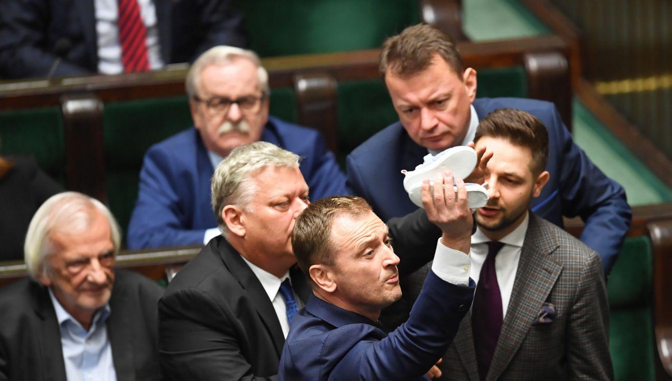 Mateusz Morawiecki o zachowaniu opozycji. (fot. PAP/Radek Pietruszka)