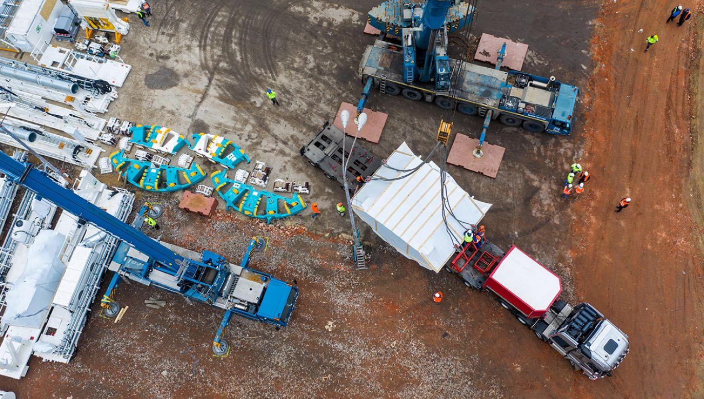 Firmy wpływały na wyniki przetargów na remonty dróg (fot. PAP/Grzegorz Michałowski)