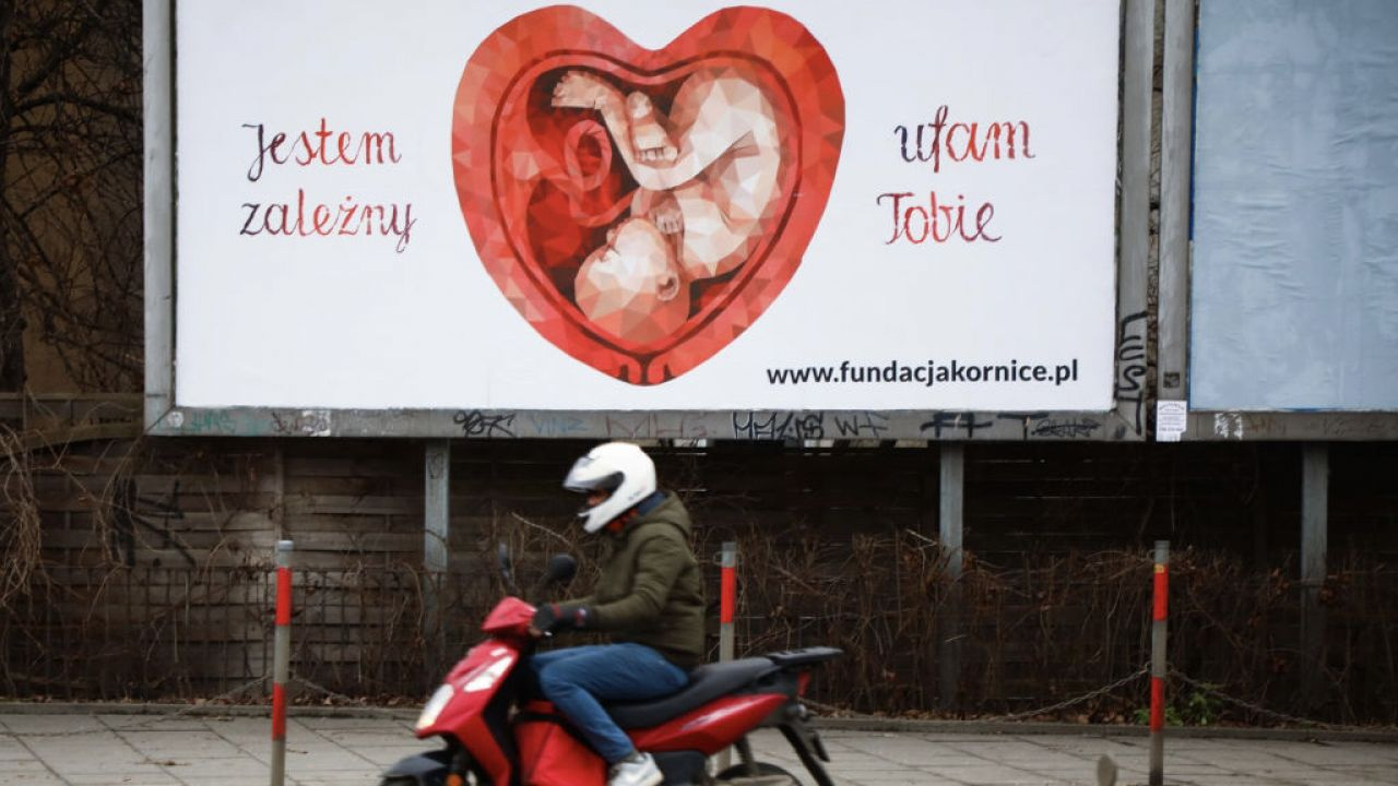 Lewicę oburza informacja o hosicjach perinatalnych (fot. Beata Zawrzel/NurPhoto via Getty Images)