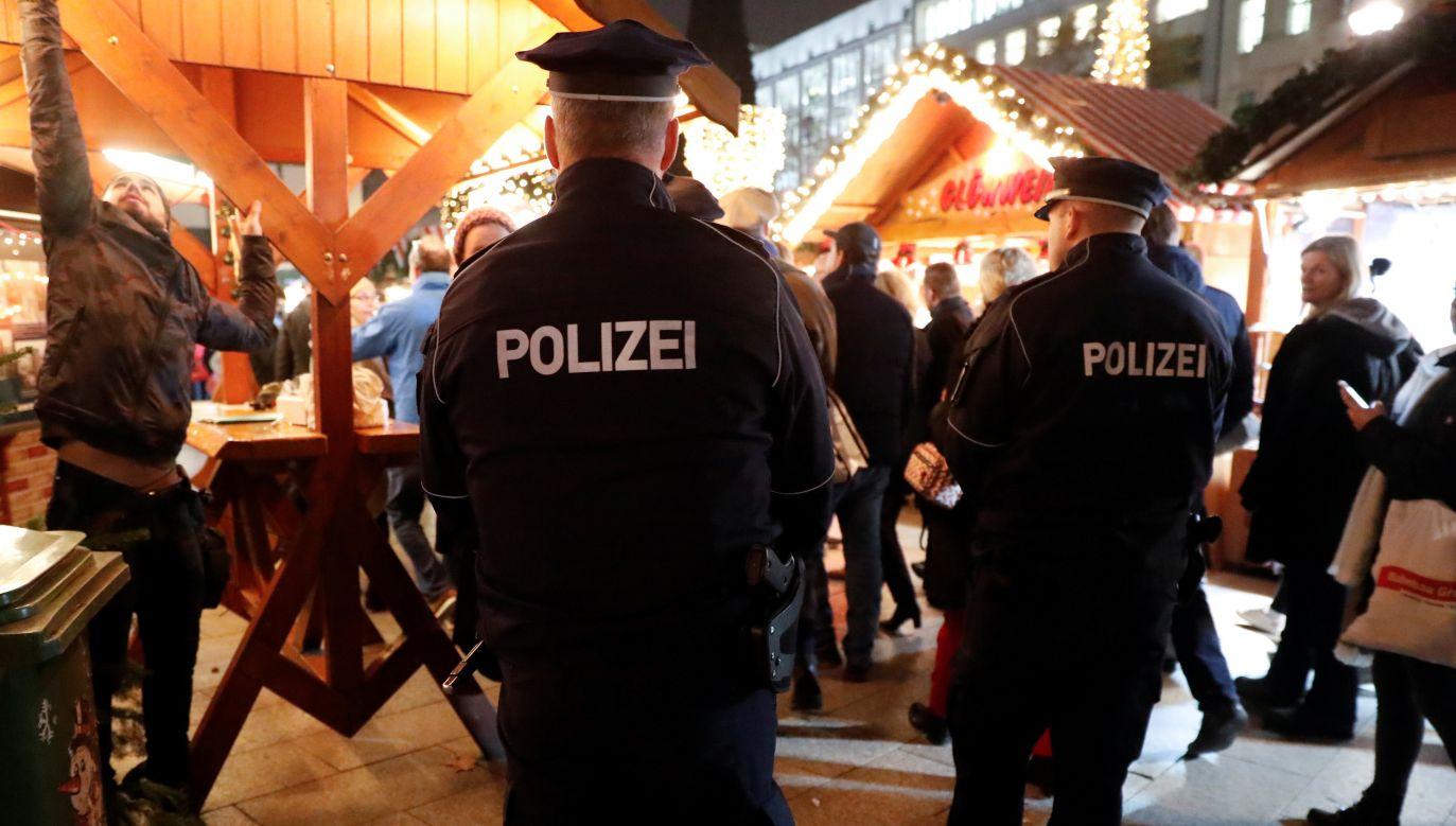 Policja nie podała jeszcze narodowości sprawców (reuters/Fabrizio Bensch)