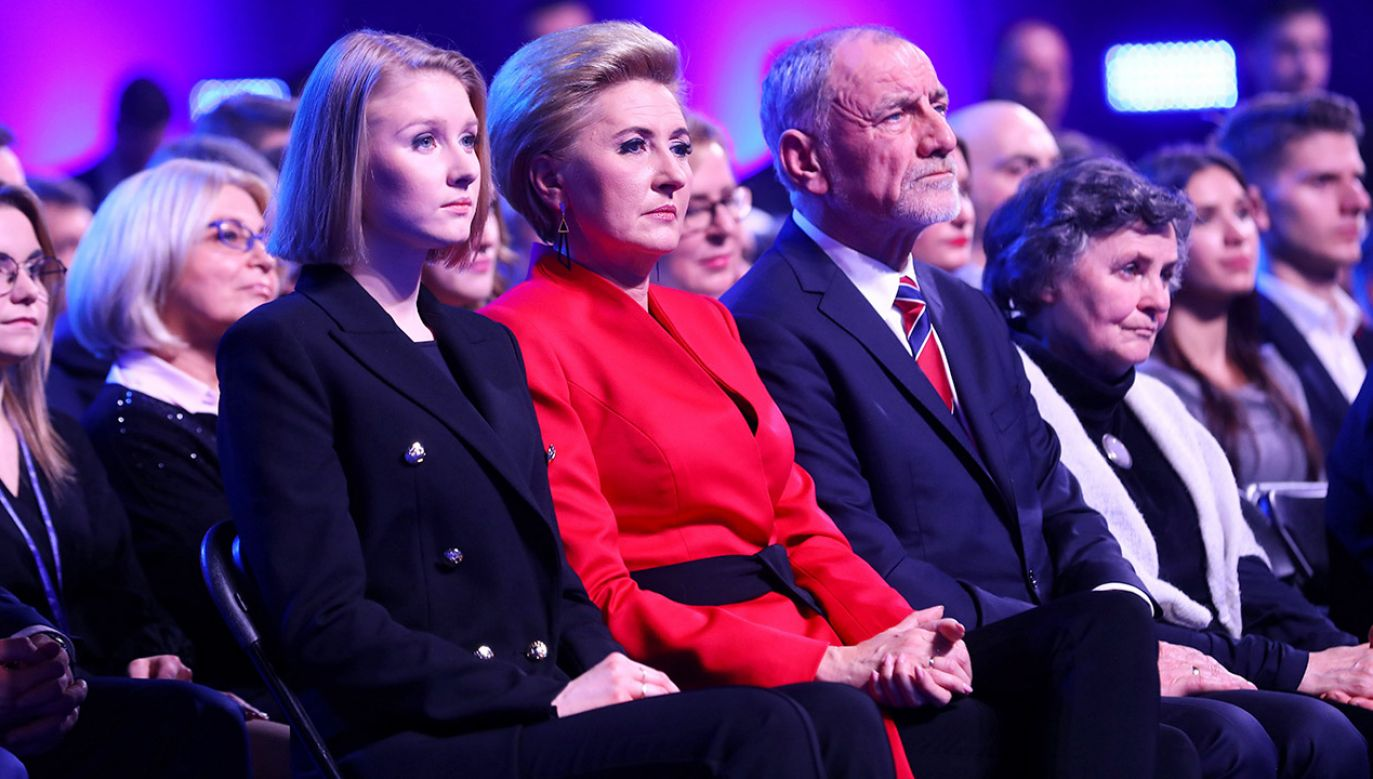 Od lewej: Kinga Duda, Agata Kornhauser-Duda, Jan Duda (fot. PAP/Rafał Guz)