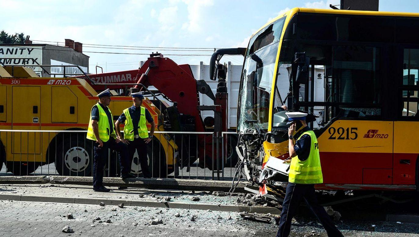 Kierowca autobusu był trzeźwy (fot.  PAP/Jakub Kamiński - zdjęcie ilustracyjne)